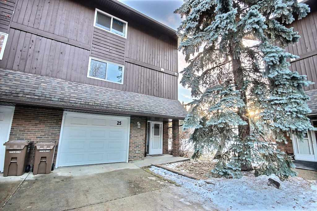 FEATURED LISTING: 25 GLAEWYN Estates St. Albert