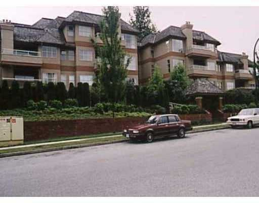 "Main Photo: 204 3950 LINWOOD ST in Burnaby: Burnaby Hospital Condo for sale in ""CASCADE VILLAGE"" (Burnaby South)  : MLS®# V589975"