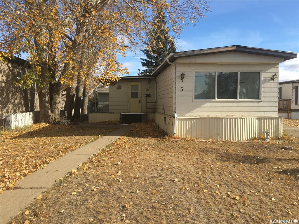 FEATURED LISTING: 5 F Avenue Northeast Moose Jaw