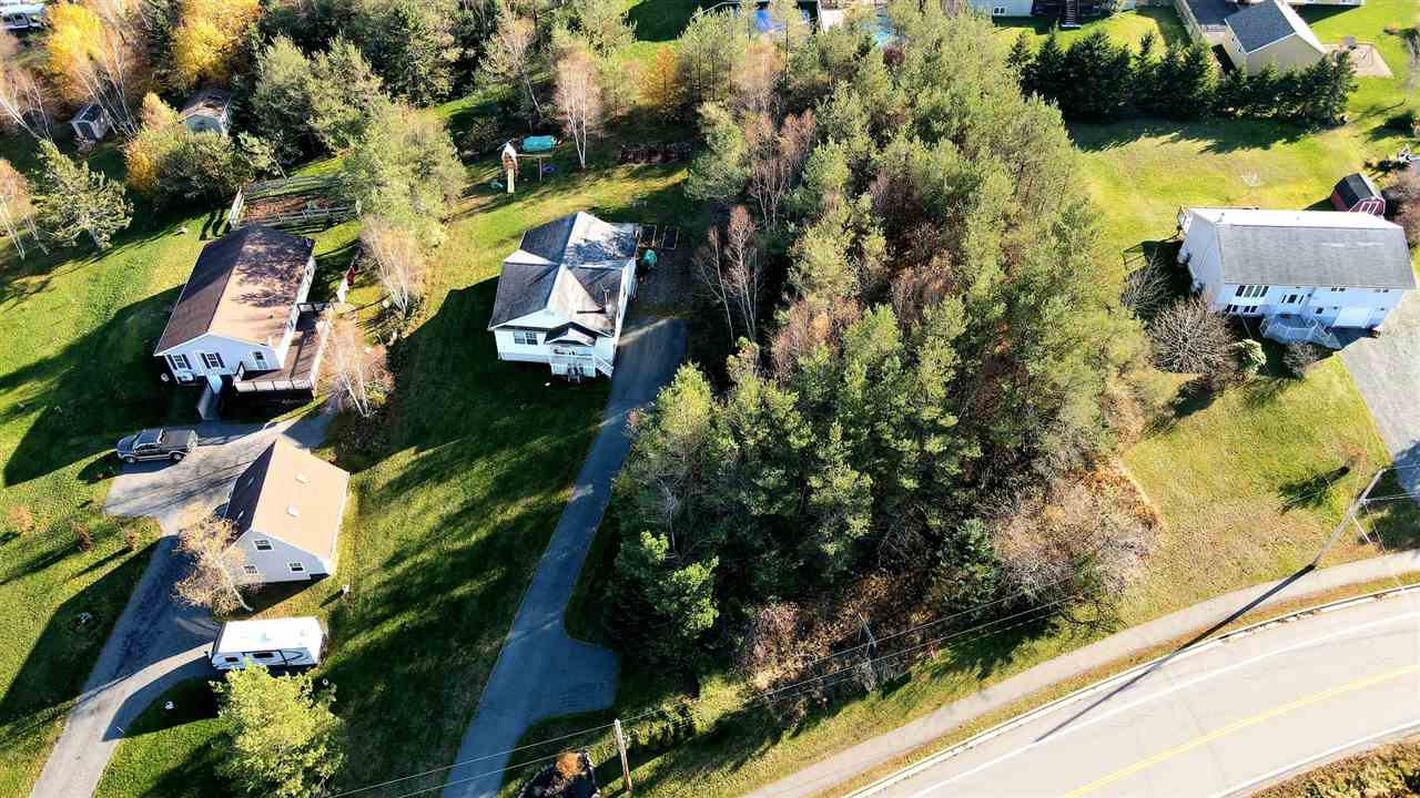 FEATURED LISTING: 22 Highway 1 Hants Border
