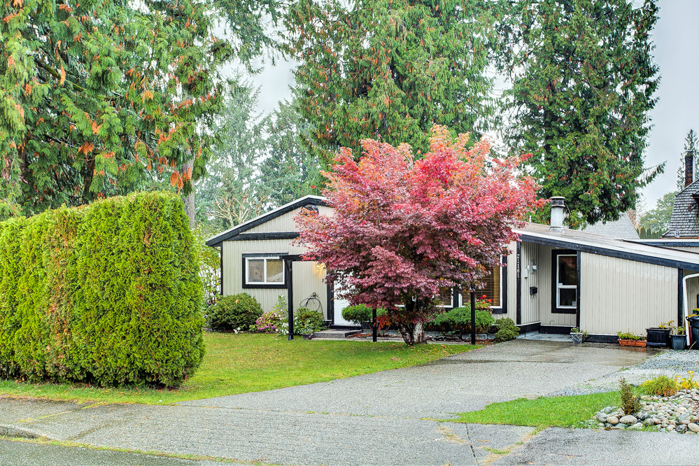 FEATURED LISTING: 21161 122 Avenue Maple Ridge