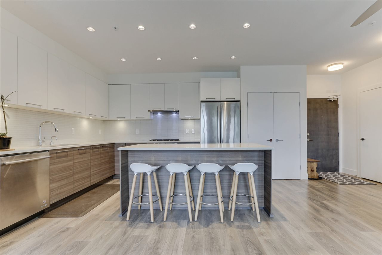 FEATURED LISTING: 317 - 3488 SAWMILL Crescent Vancouver
