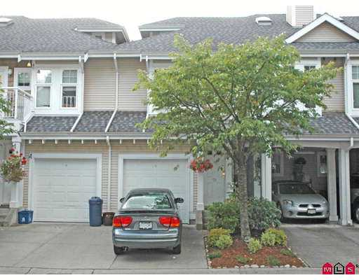 "Main Photo: 28 9036 208TH Street in Langley: Walnut Grove Townhouse for sale in ""HUNTERS GLEN"" : MLS® # F2720005"