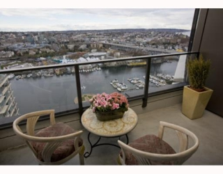 "Main Photo: 3501 455 BEACH Crescent in Vancouver: False Creek North Condo for sale in ""PARKWEST 1"" (Vancouver West)  : MLS® # V694954"