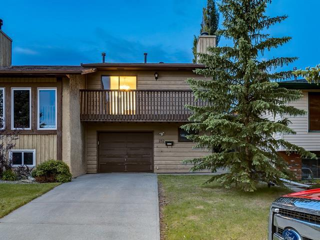 FEATURED LISTING: 232 MAUNSELL Close Northeast Calgary