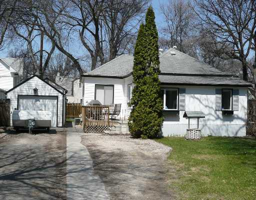 Main Photo: 47 ELM PARK Road in WINNIPEG: St Vital Residential for sale (South East Winnipeg)  : MLS®# 2807186