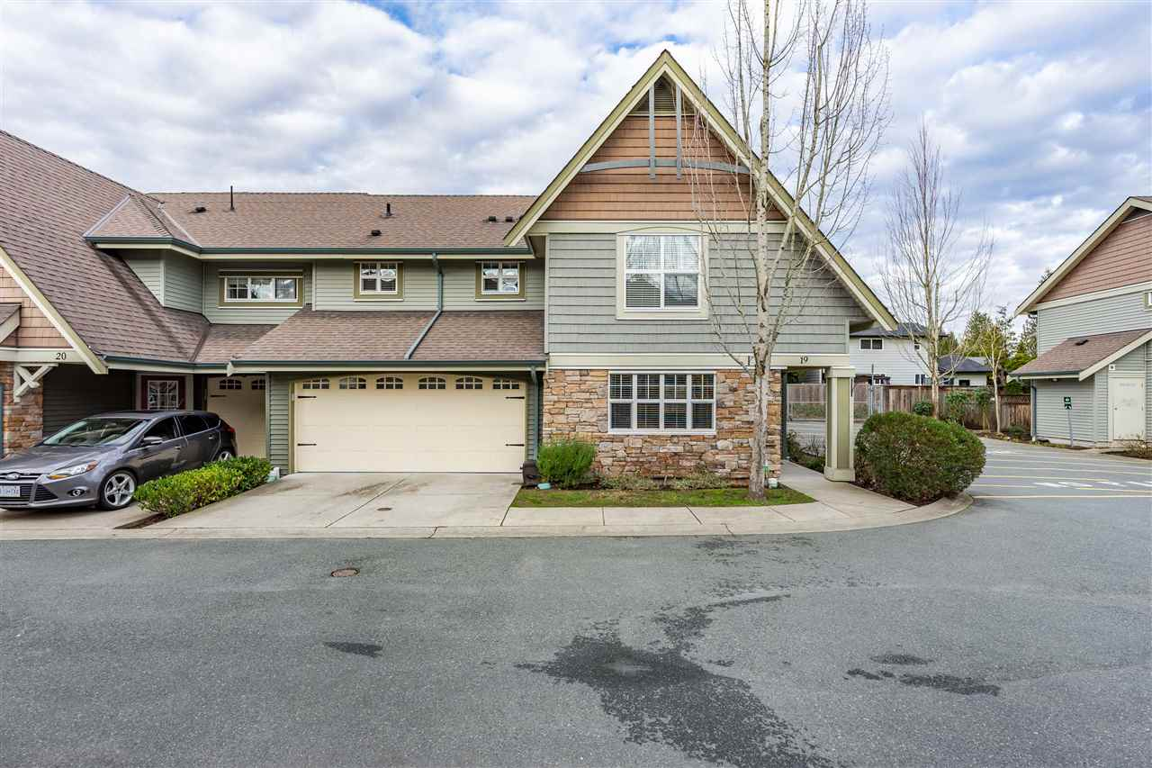 FEATURED LISTING: 19 - 22977 116 Avenue Maple Ridge