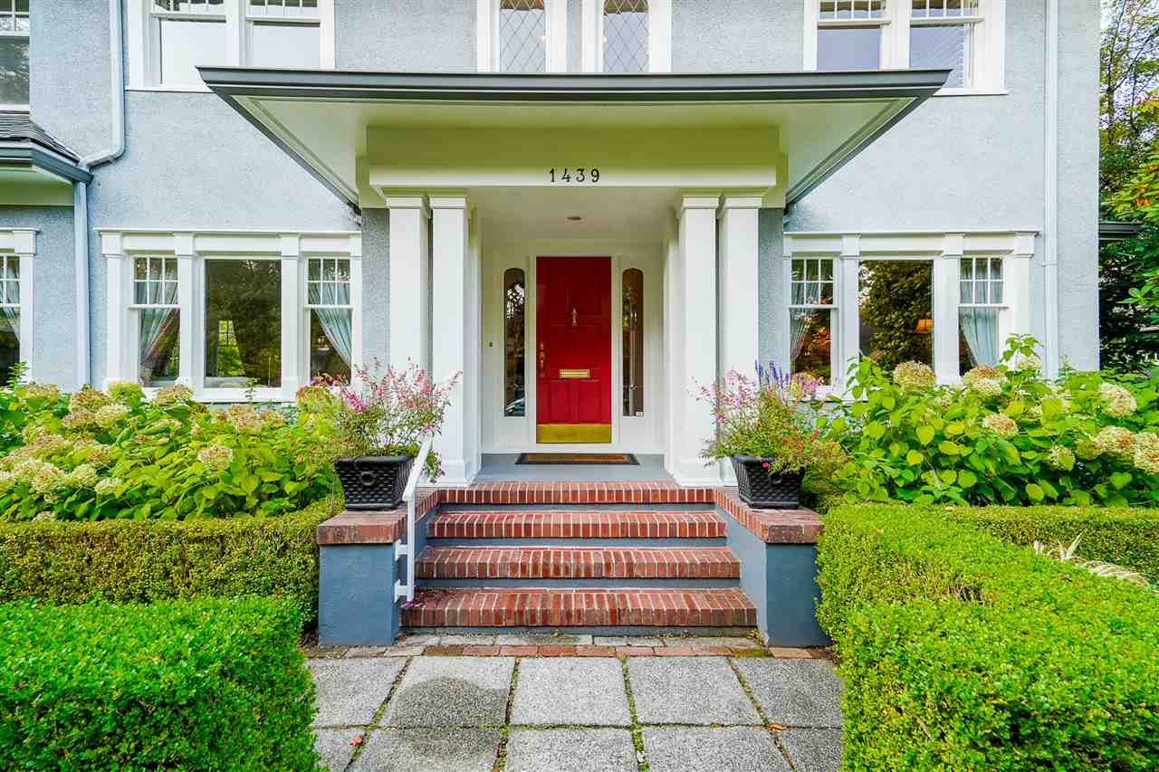 FEATURED LISTING: 1439 DEVONSHIRE Crescent Vancouver