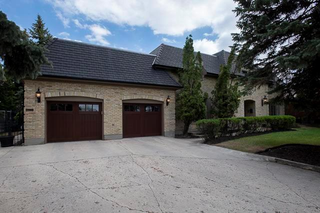 FEATURED LISTING: 467 Park Boulevard East Winnipeg