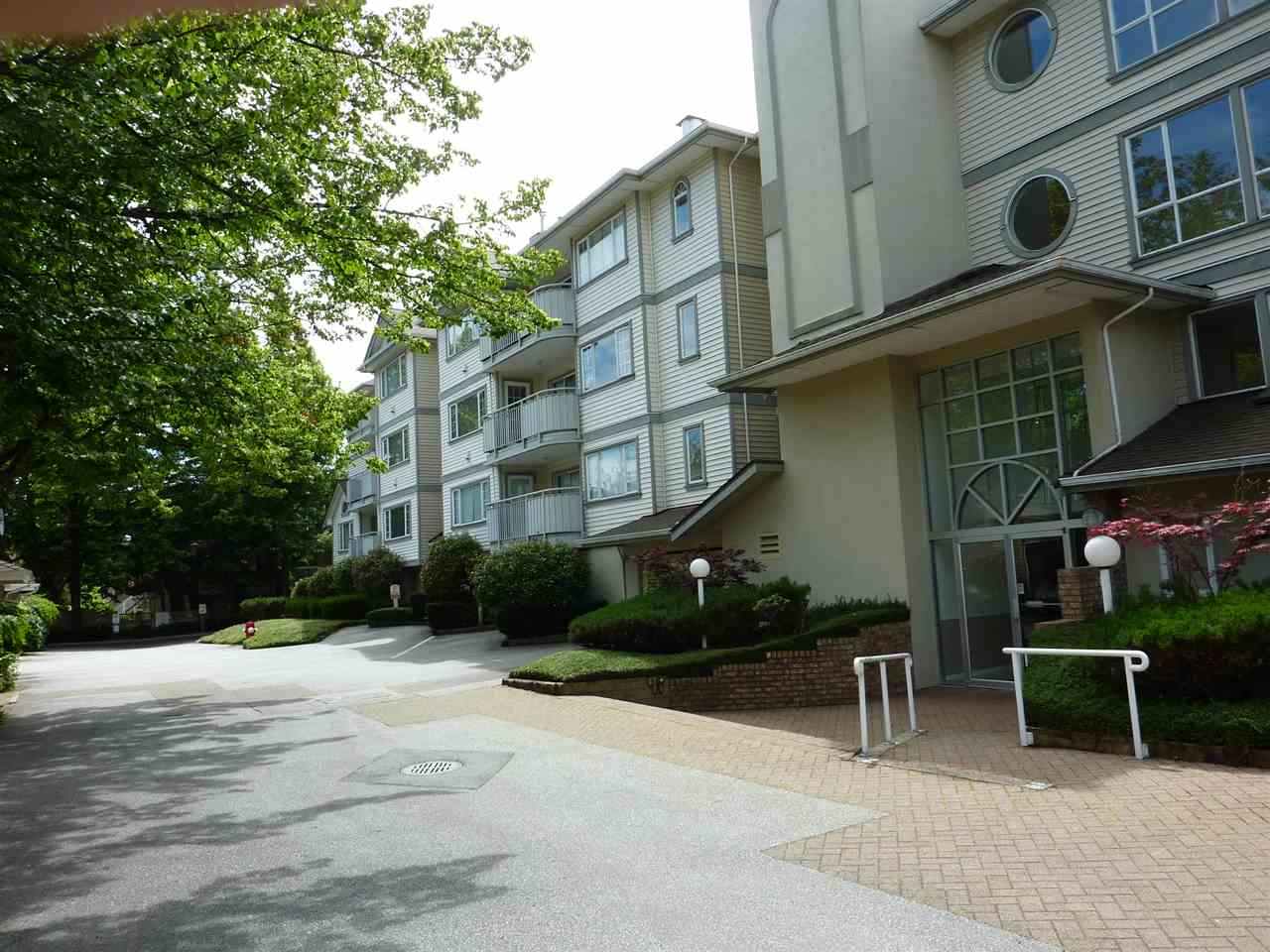 FEATURED LISTING: 205 - 8120 BENNETT Road Richmond
