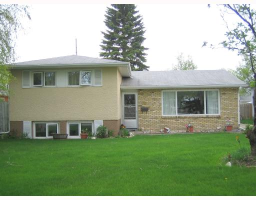 FEATURED LISTING: 68 GILIA Drive WINNIPEG