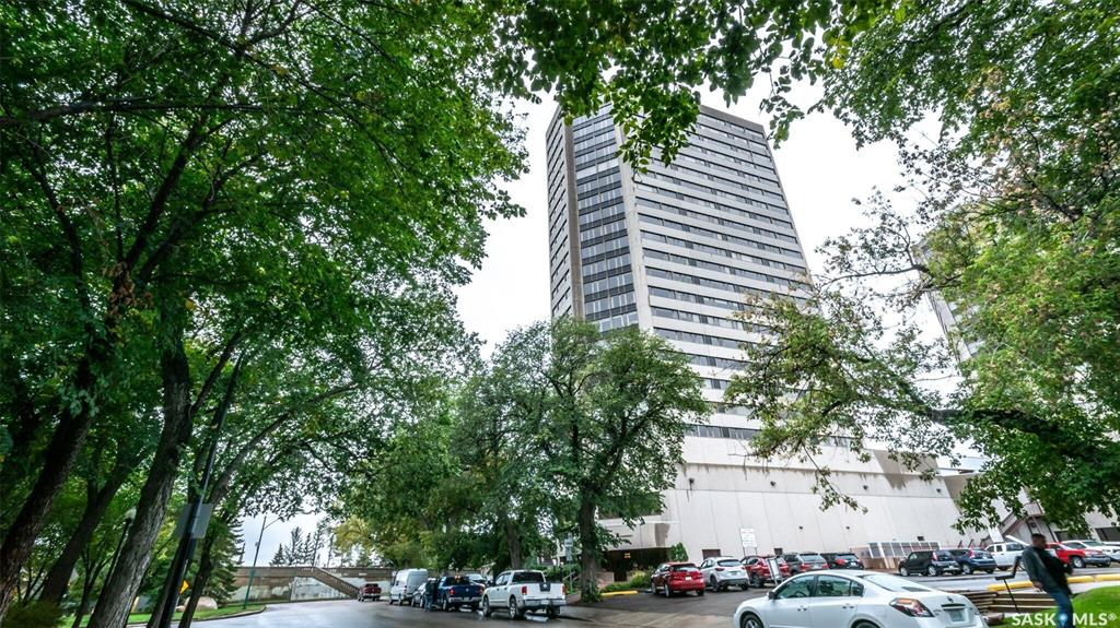 FEATURED LISTING: 2340 - 424 Spadina Crescent East Saskatoon