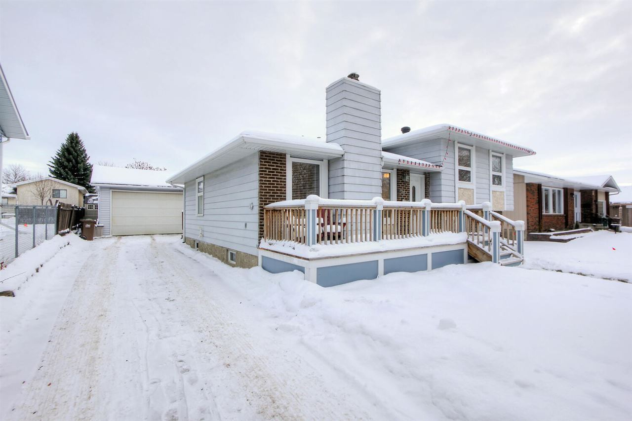 FEATURED LISTING: 38 AUSTIN Crescent St. Albert