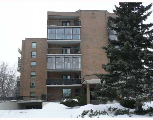 Main Photo: 1850 HENDERSON Highway in WINNIPEG: North Kildonan Condominium for sale (North East Winnipeg)  : MLS®# 2802634