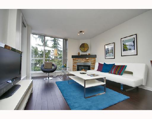 Main Photo: 324 1979 YEW Street in Vancouver: Kitsilano Condo for sale (Vancouver West)  : MLS®# V693764