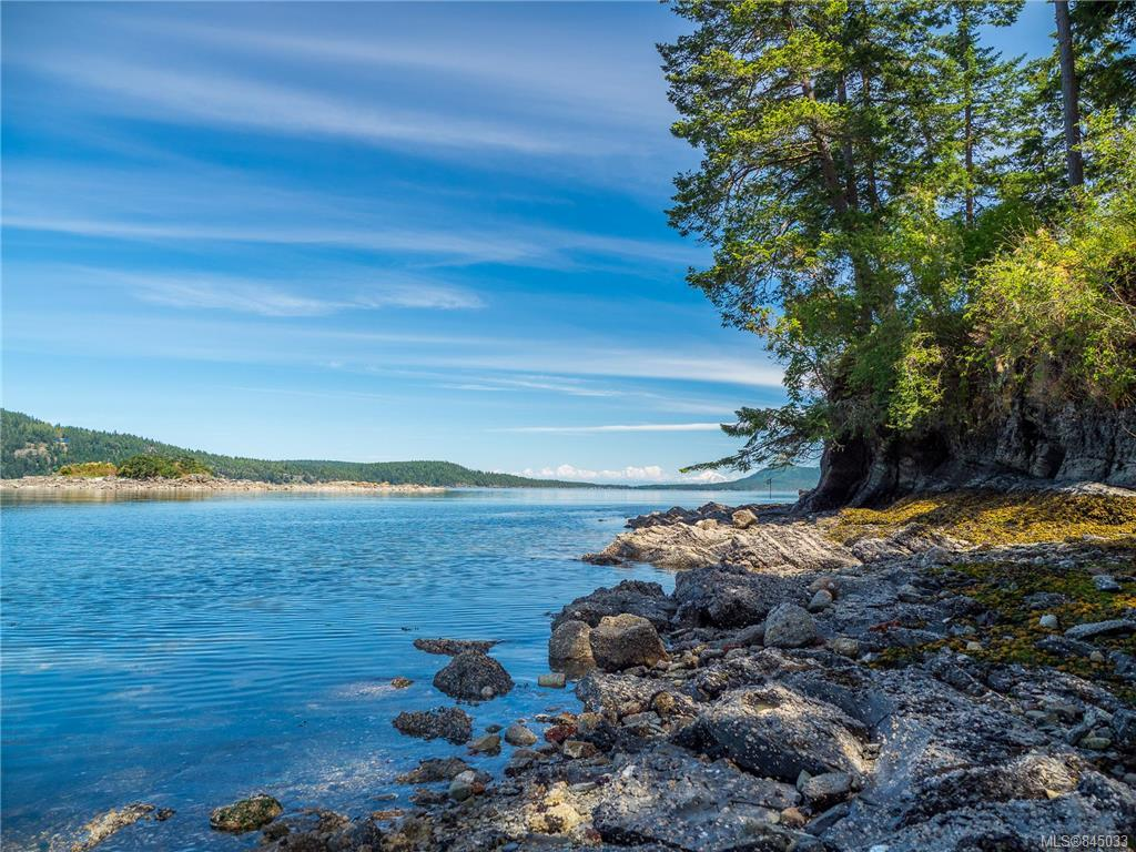 FEATURED LISTING: Clam Bay Rd, Pender Island BC V0N 2M1 Pender Island