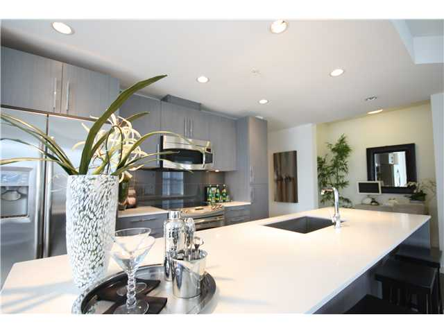 Main Photo: 203 3479 Wesbrook Mall in Vancouver: University VW Condo for sale (Vancouver West)  : MLS®# V909606