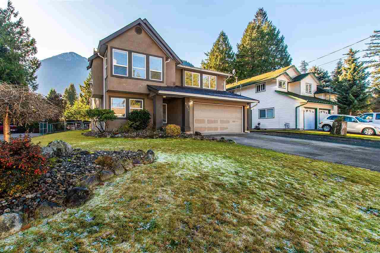 FEATURED LISTING: 63674 WALNUT Drive Hope