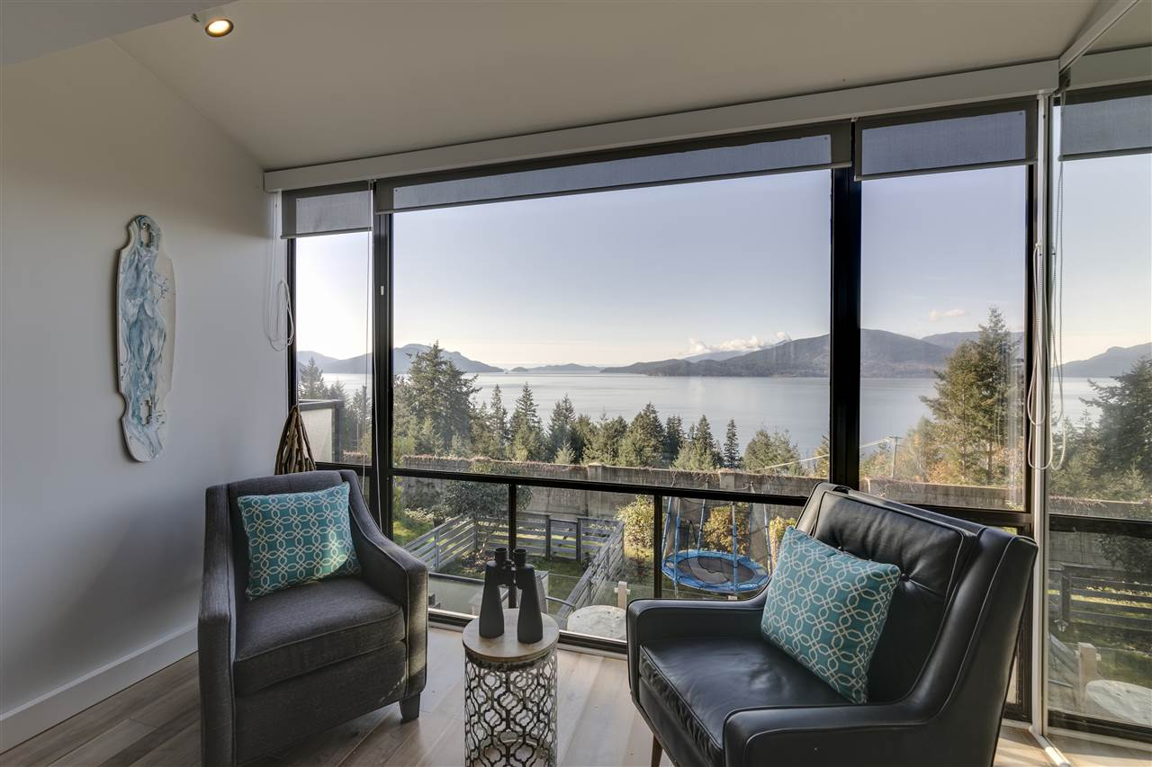 FEATURED LISTING: 428 CROSSCREEK Road Lions Bay