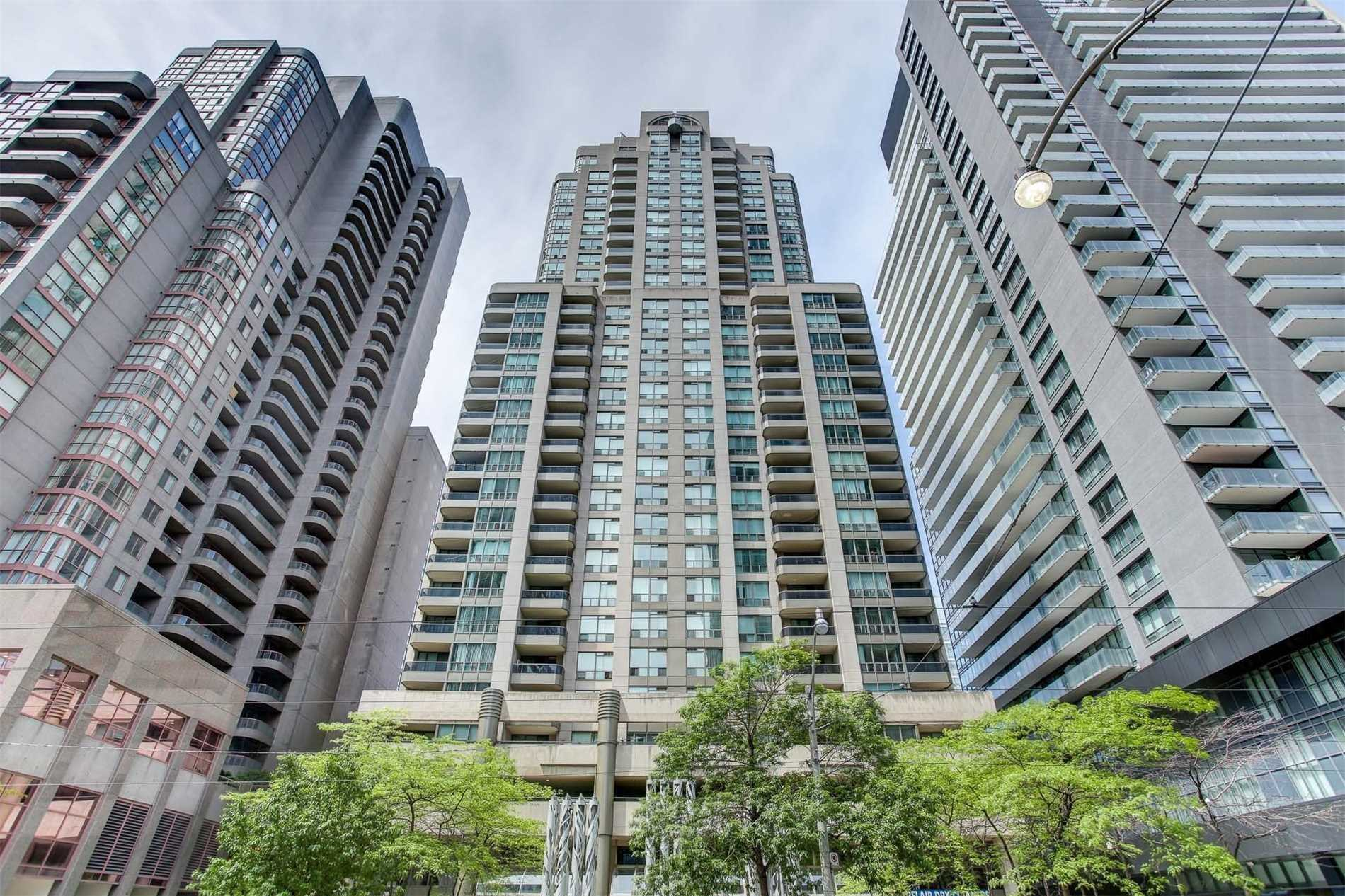 FEATURED LISTING: 1811 - 750 Bay Street Toronto