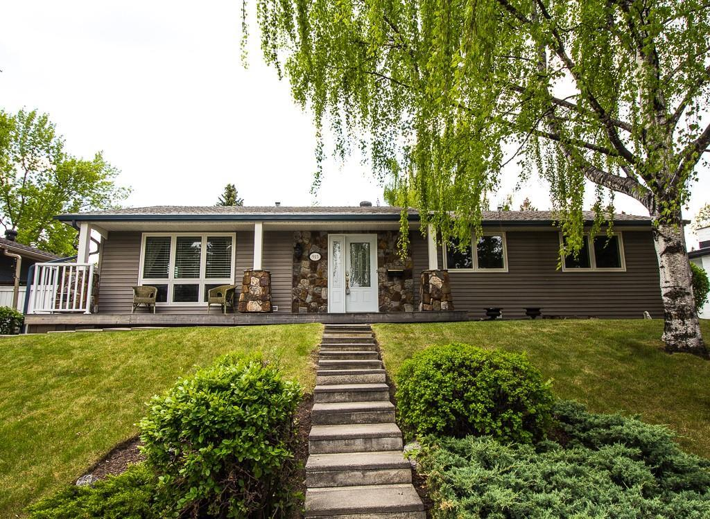 FEATURED LISTING: 915 Canna Crescent Southwest Calgary