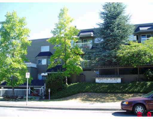 "Main Photo: 108 1870 E SOUTHMERE Crescent in White_Rock: Sunnyside Park Surrey Condo for sale in ""South Grove"" (South Surrey White Rock)  : MLS® # F2725721"