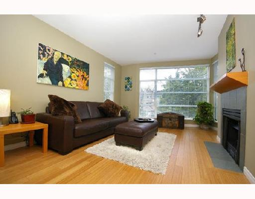 "Main Photo: 306 2575 W 4TH Avenue in Vancouver: Kitsilano Condo for sale in ""SEAGATE"" (Vancouver West)  : MLS®# V672789"