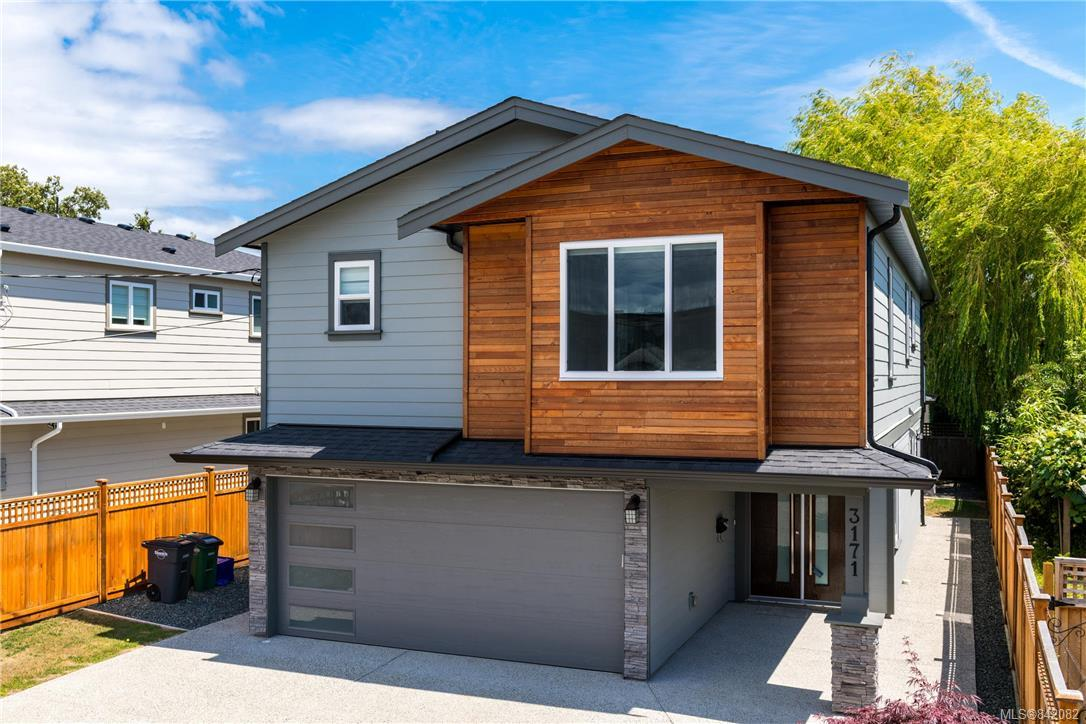 FEATURED LISTING: 3171 Kingsley St Saanich