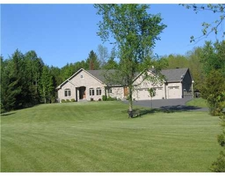 Main Photo: 3464 Greenland Rd in Dunrobin: Dunrobin Shores Residential Detached for sale (9304)  : MLS® # 759508