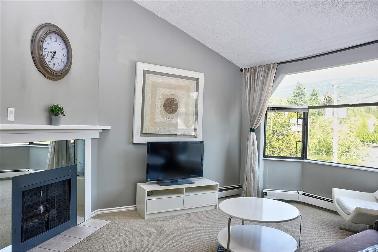 FEATURED LISTING: 407 - 1340 DUCHESS Avenue West Vancouver
