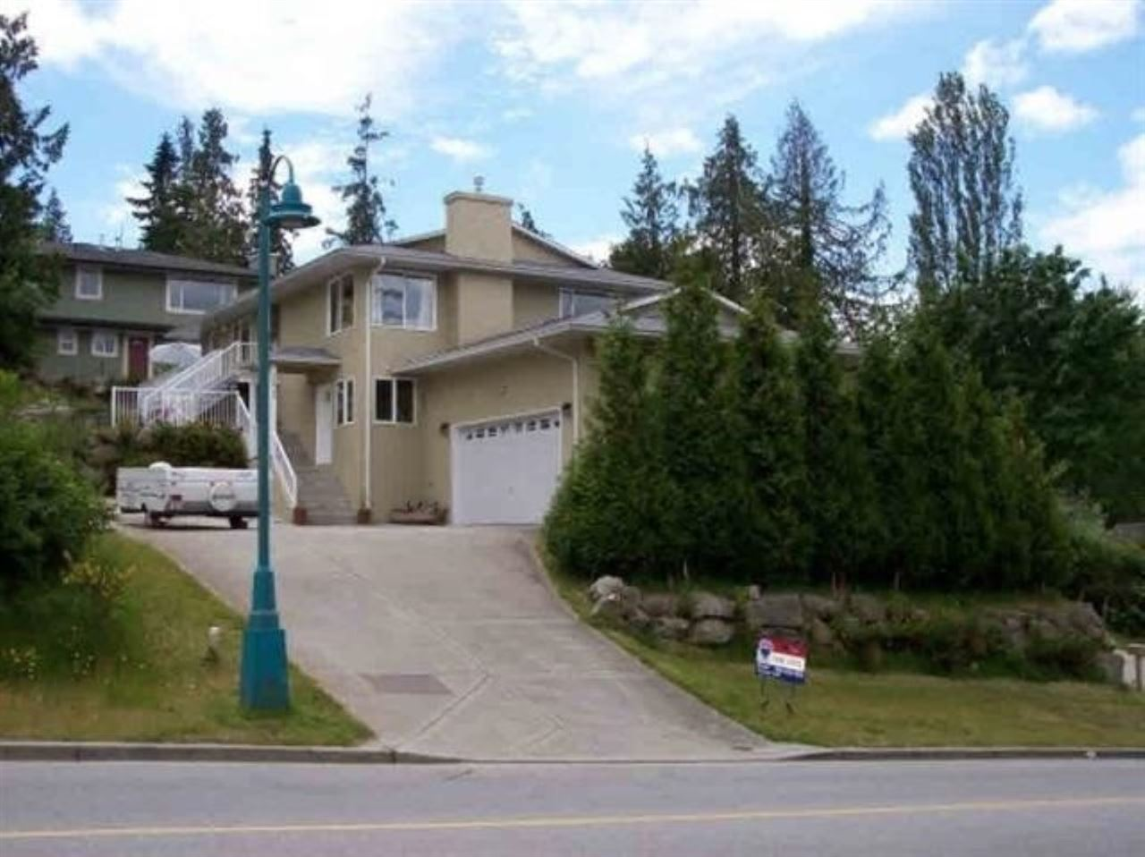 FEATURED LISTING: 5829 TRAIL Avenue Sechelt