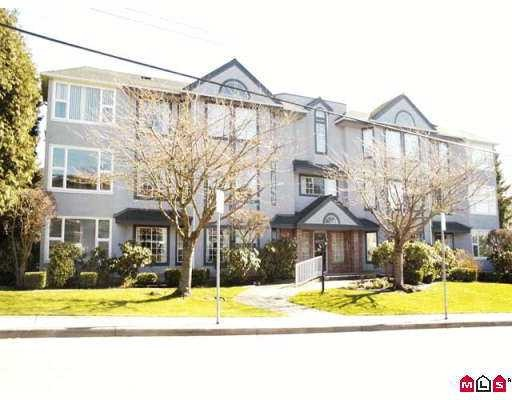"Main Photo: White Rock - # 204 1378 FIR ST in White_Rock: White Rock Condo for sale in ""Chatsworth Manor"" (South Surrey White Rock)  : MLS®# F2728965"