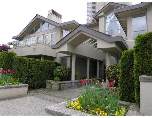 "Main Photo: B3 2202 MARINE DR in West Vancouver: Dundarave Condo for sale in ""STRATFORD COURT"" : MLS®# V565590"