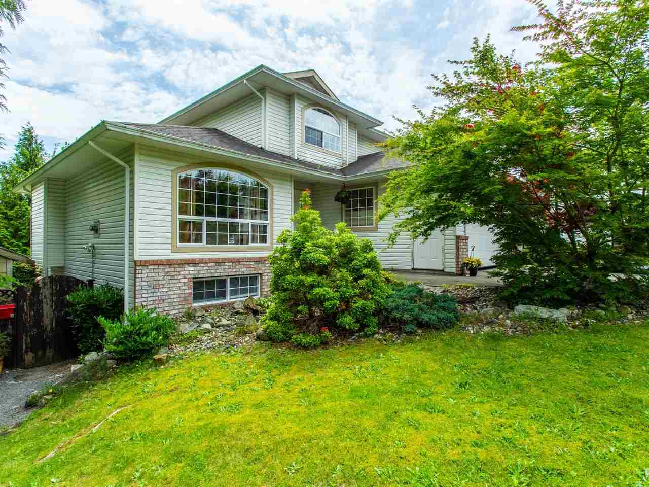 FEATURED LISTING: 8316 CASSELMAN Crescent Mission