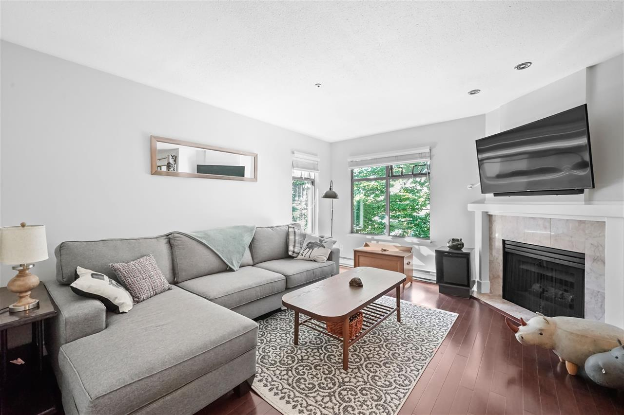 FEATURED LISTING: 305 - 688 12TH Avenue West Vancouver
