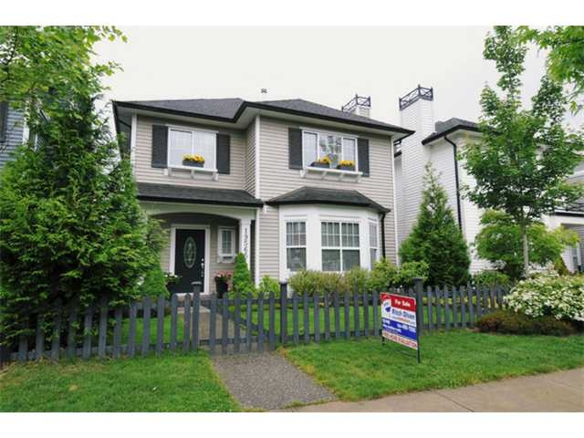 "Main Photo: 19565 Fraser Way in Pitt Meadows: South Meadows House for sale in ""Sawyer's Landing"" : MLS®# V894561"