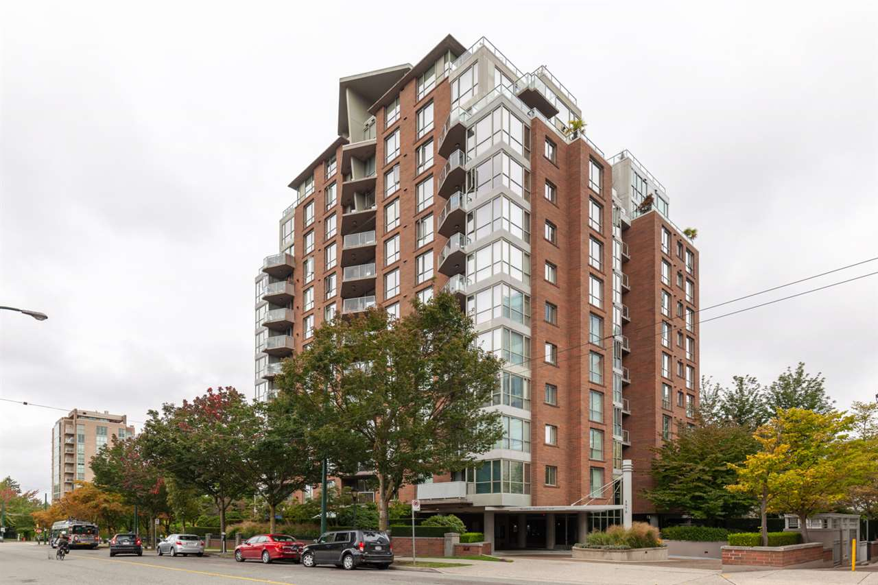 FEATURED LISTING: 401 - 1575 10TH Avenue West Vancouver