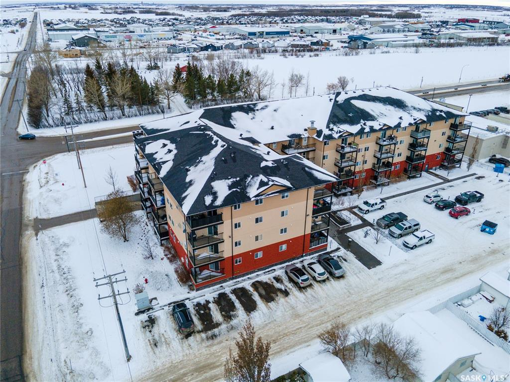 FEATURED LISTING: 317 - 100 1st Avenue North Warman