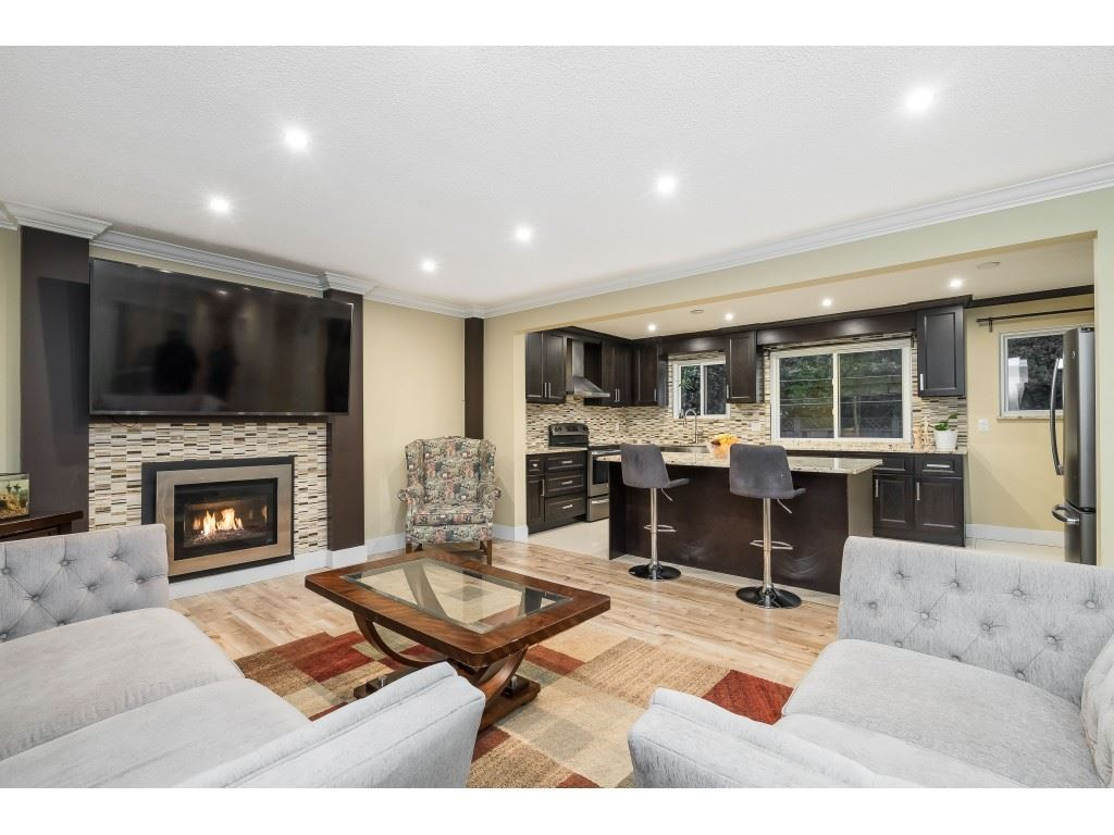 FEATURED LISTING: 3228 CEDAR Drive Port Coquitlam