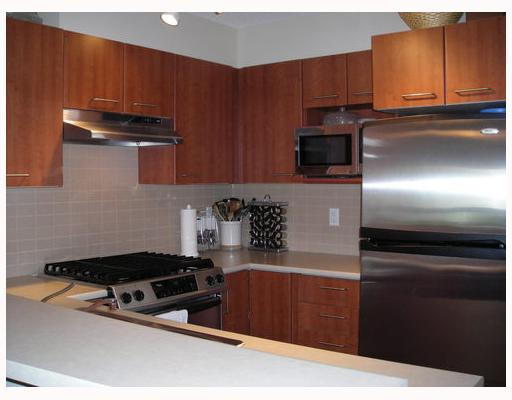 "Photo 4: 163 9100 FERNDALE Road in Richmond: McLennan North Condo for sale in ""KENSINGTON COURT"" : MLS® # V710619"