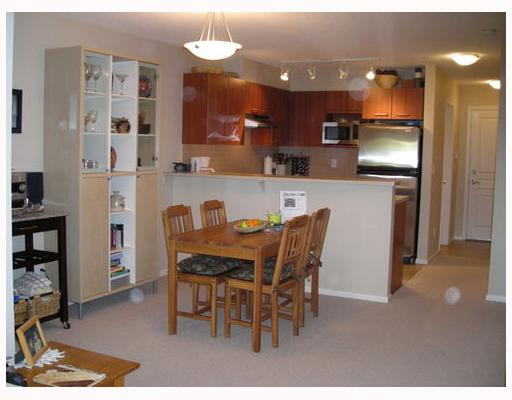 "Photo 3: 163 9100 FERNDALE Road in Richmond: McLennan North Condo for sale in ""KENSINGTON COURT"" : MLS® # V710619"