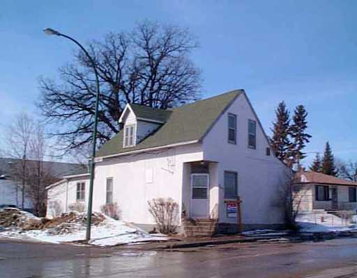 FEATURED LISTING: 547 ARCHIBALD Street Winnipeg