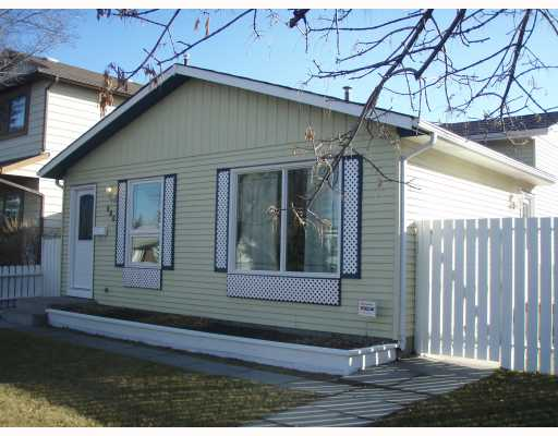 Main Photo:  in CALGARY: McKenzie Lake Residential Detached Single Family for sale (Calgary)  : MLS® # C3297533