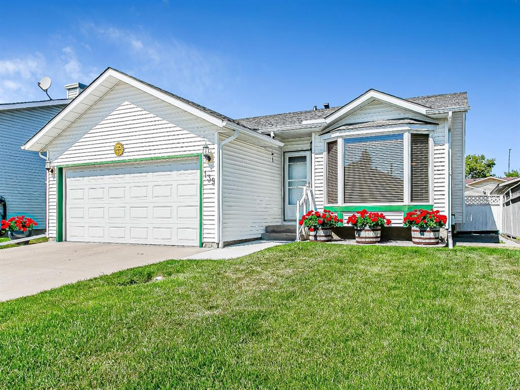 FEATURED LISTING: 139 Appletree Close Southeast Calgary