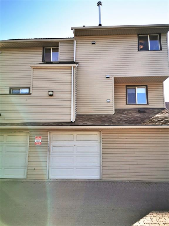 FEATURED LISTING: 277 - 86 Glamis Green Southwest Calgary