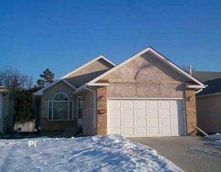Main Photo: 507 COUNTRY CLUB Boulevard in Winnipeg: Westwood / Crestview Single Family Detached for sale (West Winnipeg)  : MLS® # 2518572