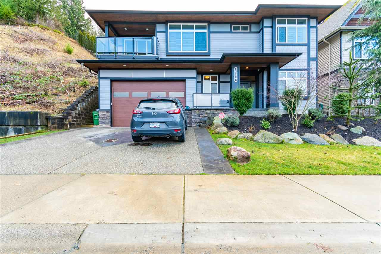 FEATURED LISTING: 47128 SYLVAN Drive Chilliwack