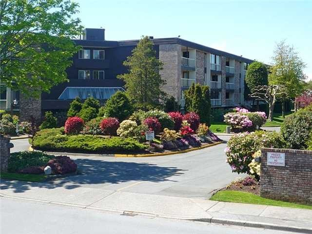 "Main Photo: # 304 10631 NO 3 RD in Richmond: Broadmoor Condo for sale in ""ADMIRALS WALK"" : MLS® # V898133"