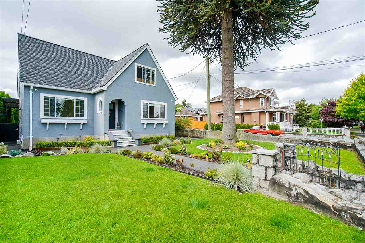 FEATURED LISTING: 1701 DUBLIN Street New Westminster