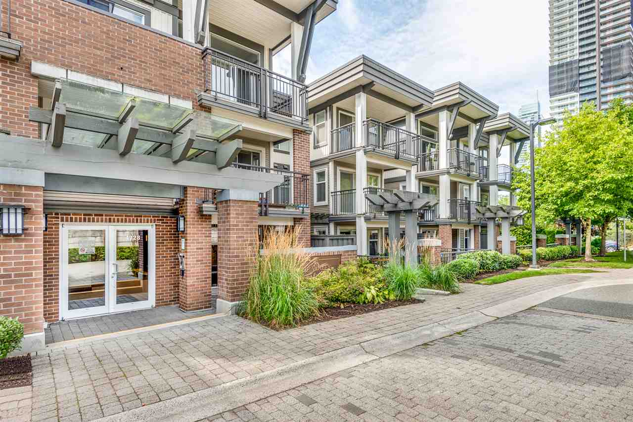 FEATURED LISTING: 106 - 4728 BRENTWOOD Drive Burnaby